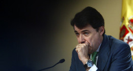 El mayor sindicato de Policía denuncia que el Gobierno blinda al número dos de Aguirre