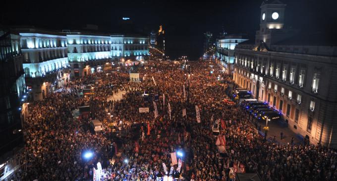 Más de 200.000 ciudadanos toman las calles contra los recortes