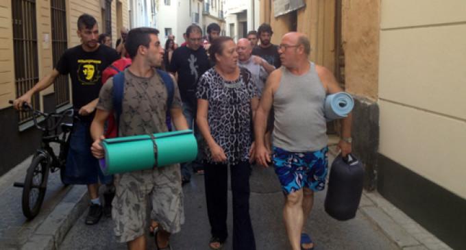Desalojado un bloque de viviendas ocupado por el 15-M de Sevilla