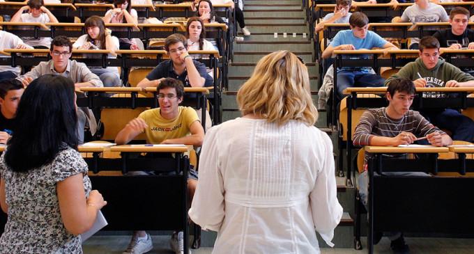 Cataluña encabeza la subida de los precios universitarios