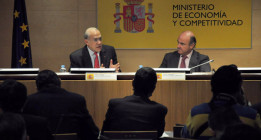 <em>Las falacias de la OCDE sobre política fiscal, salarios y competitividad </em>