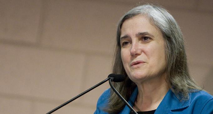 Un juez rechaza los cargos penales contra la periodista Amy Goodman