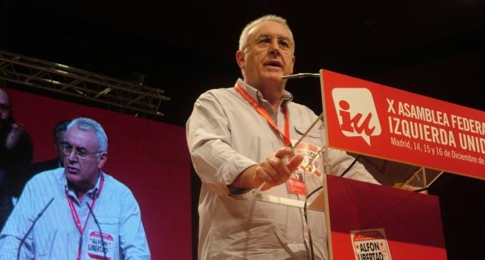 Cayo Lara ve cuestionado su liderazgo ante el empuje de Alberto Garzón