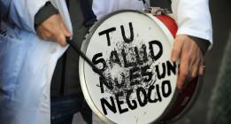 La Sanidad madrileña asignó sin concurso la mitad del presupuesto para contratos