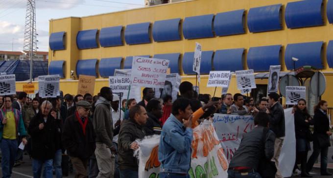 El cierre de los CIE, el mejor homenaje a Samba Martine