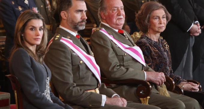El rey y el príncipe se suben el sueldo en 2013