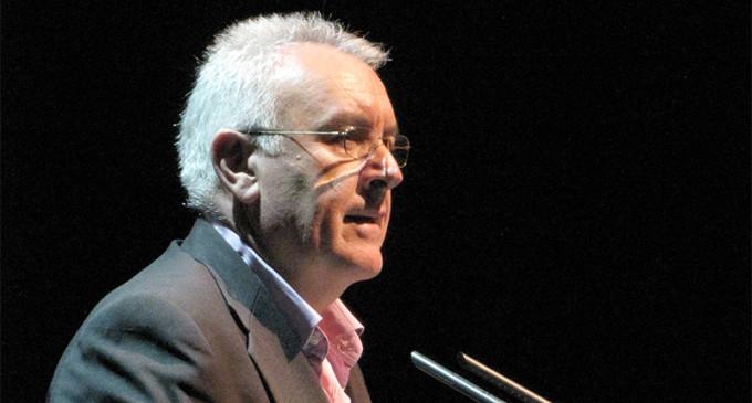 """IU acusa al PP de querer """"retorcer la democracia"""" para perpetuarse en el poder"""