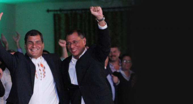 """Rafael Correa: """"Esta revolución no la para nadie"""""""