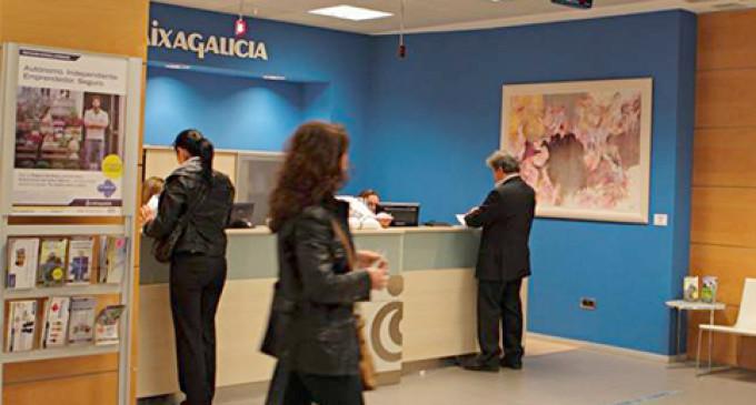 Novacaixagalicia se queda sola en su huelga tras los acuerdos de Bankia y Banco de Valencia