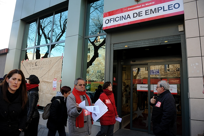 La red de barrios de madrid presenta su plan de rescate for Oficina de inem madrid