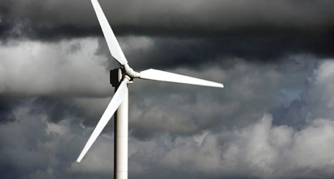 """Las renovables denunciarán al Gobierno por """"acoso y derribo"""""""