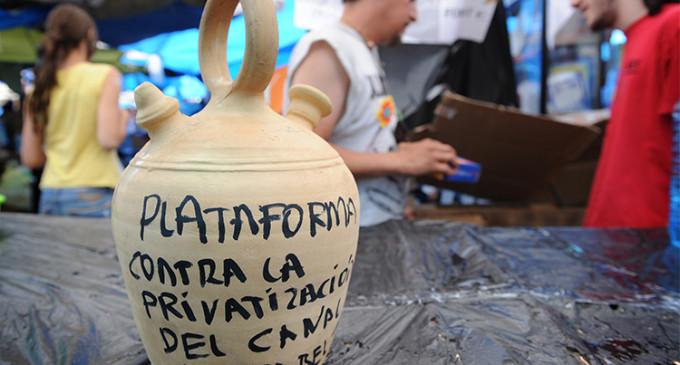 Más de 60 colectivos denuncian la privatización del agua en Madrid