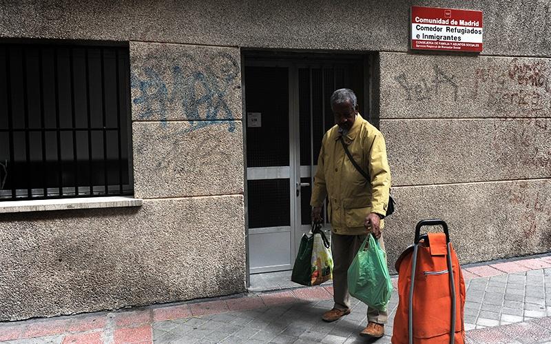 Los comedores sociales p blicos de madrid segregan a los inmigrantes - Voluntariado madrid comedores sociales ...