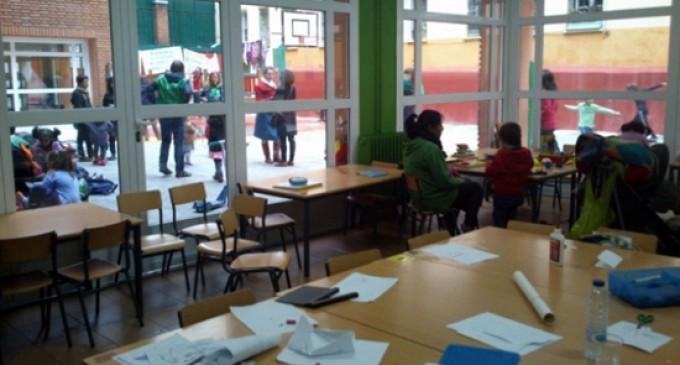 Un fin de semana de encierro en el colegio para protestar contra los recortes