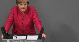 La carta de la Memoria Histórica que Merkel no recogió en Santiago de Compostela