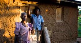 Una multinacional deberá devolver la tierra a 400 familias campesinas de Uganda