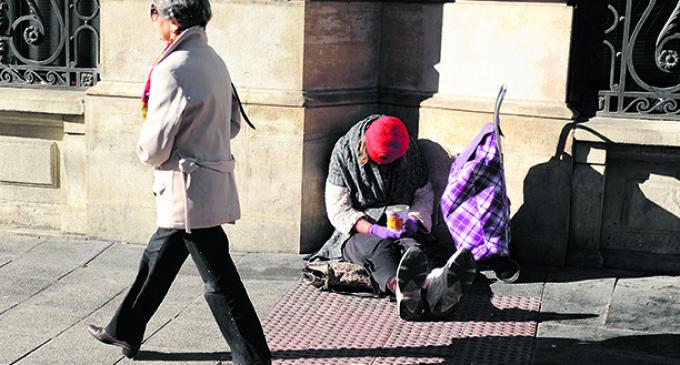 España es el país donde los pobres más sufren la crisis