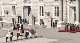 La viruta para la cama de los caballos de la Guardia Real costará 181.530 euros hasta diciembre