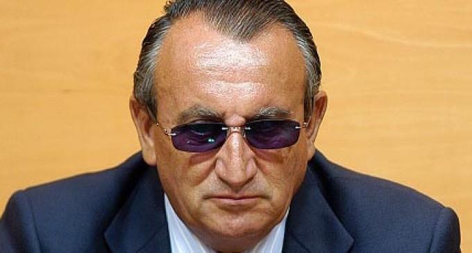 """Carlos Fabra: """"¿No puedo donar a mi partido lo que quiera?"""""""