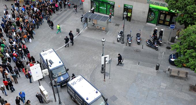 """""""Escrache policial"""" a un barrio de Madrid"""