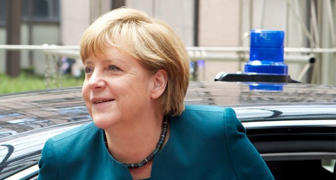 Las medidas de Merkel contra el paro en España no convencen en Alemania