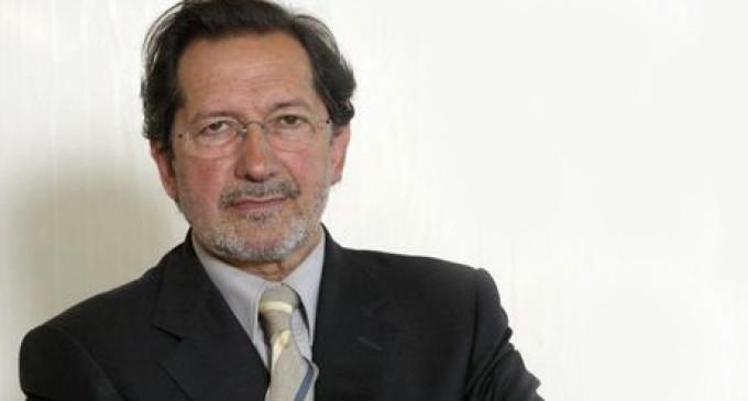 """Los estudiantes de la Complutense logran que un exconsejero de Bankia """"rinda cuentas"""" en un acto"""