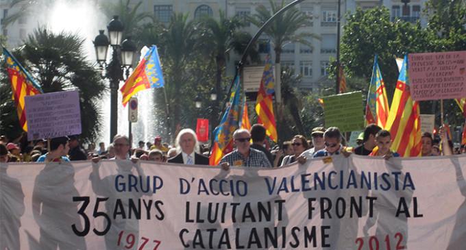 El PP valenciano recurre al anticatalanismo como arma electoral