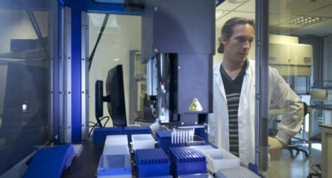 """""""Vamos a cerrar una de las mejores instituciones científicas de Europa por 25 millones de euros"""""""
