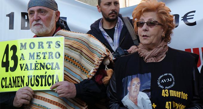 La Fiscalía pide reabrir la investigación del accidente de metro de 2006