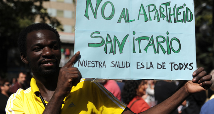 Amnistía alerta del riesgo de muerte para los inmigrantes sin asistencia médica