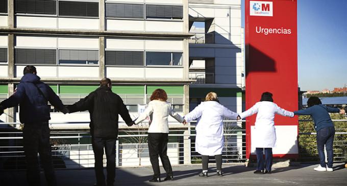 La Justicia paraliza la privatización de seis hospitales madrileños