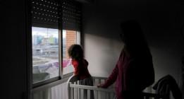 Casi 50.000 menores catalanes sufren malnutrición