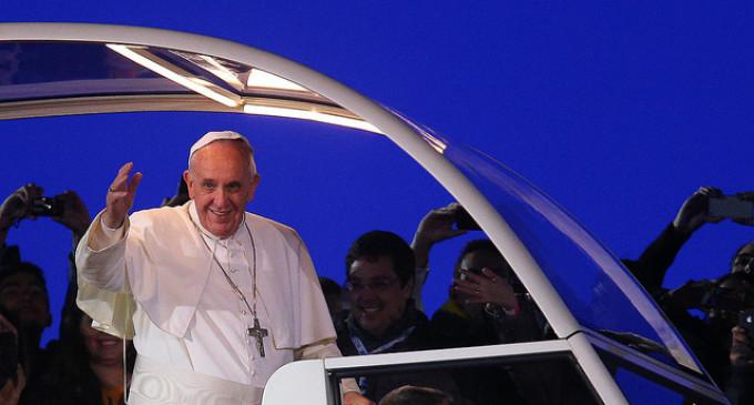 El Papa del pueblo en la tierra del dólar