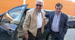 Felipe González crea una fundación con su nombre y presidida por él mismo para estudiar su figura