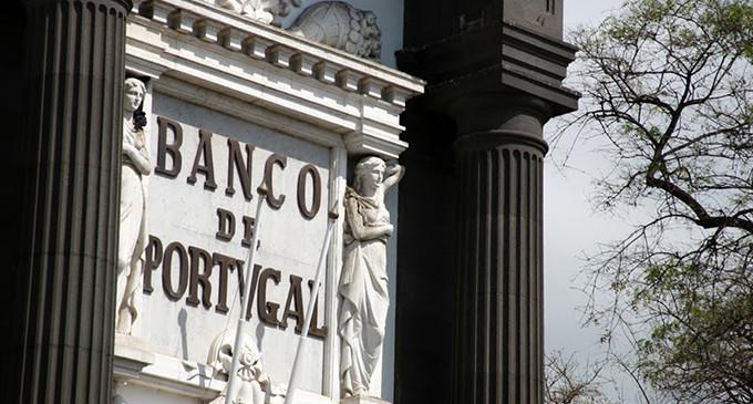 Portugal e Irlanda suben los impuestos a la banca