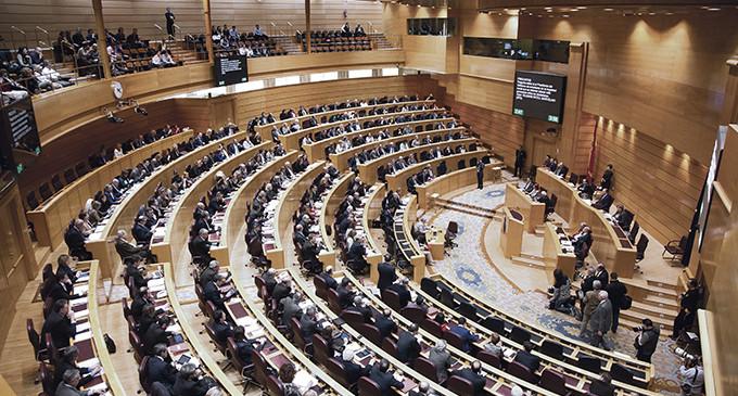 Diecisiete senadores se reparten 300.000 euros por una 'comisión fantasma'