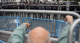 Manifestarse ante un Parlamento se multará con hasta 600.000 euros