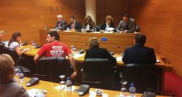 Compromís y Esquerra Unida abandonan Les Corts por el cierre de Canal Nou