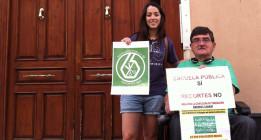 Multar a un profesor por defender en la calle la escuela pública