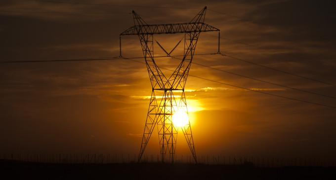 El Gobierno legisla al dictado del lobby energético