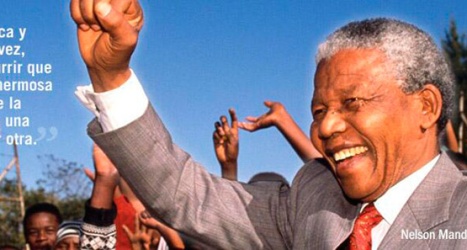 <em>Las lágrimas por Nelson Mandela</em>