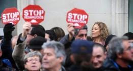 La PAH insta a los ayuntamientos a sancionar a los bancos que acumulen viviendas vacías