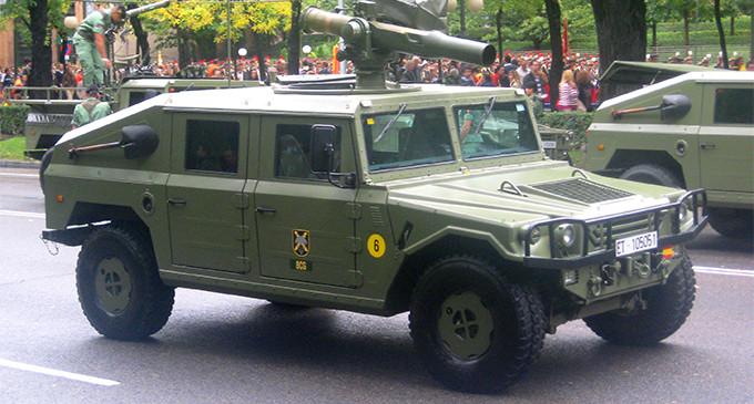Defensa comprará 1.506 todoterrenos a un precio medio de 200.000 euros
