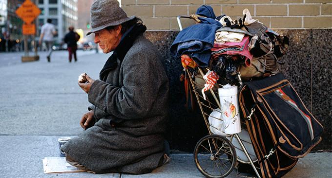 """<em>""""Coman papel picado"""", dijo el Congreso estadounidense a los desempleados</em>"""