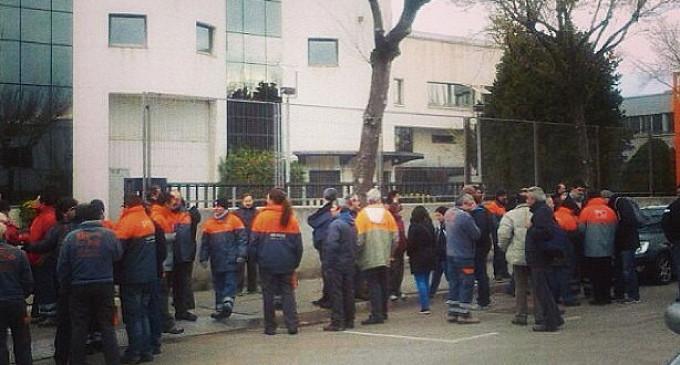 La huelga en Unipost se alarga hasta el día 17 con millones de cartas sin entregar