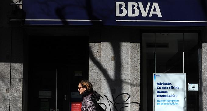 Mirada cr tica facua denuncia que la nueva comisi n por for Santander cajeros madrid