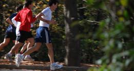 Investigadores del CREAL recomiendan el deporte al aire libre a pesar de la contaminación