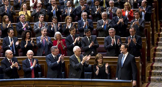 """Rajoy no irá al Congreso porque """"no conocía"""" los """"tejemanejes"""" de Bárcenas"""