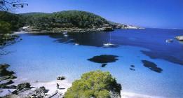 Las prospecciones petroleras amenazan el paraíso en Ibiza y Formentera