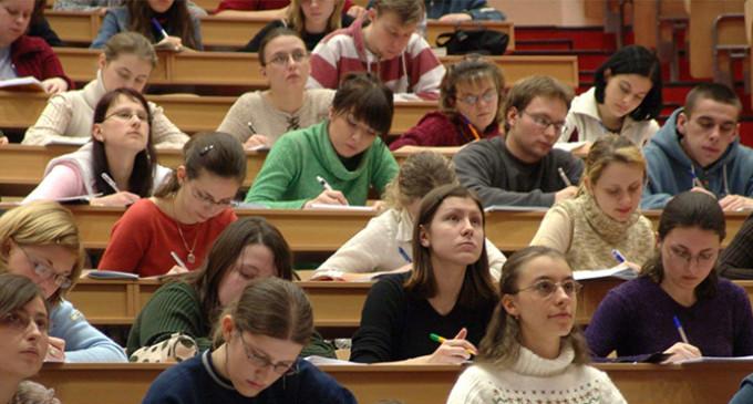 Educación equipara los grados largos, como Medicina o Veterinaria, al nivel de máster